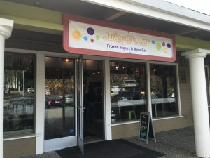 JuicySweet Frozen Yogurt and Juice Bar